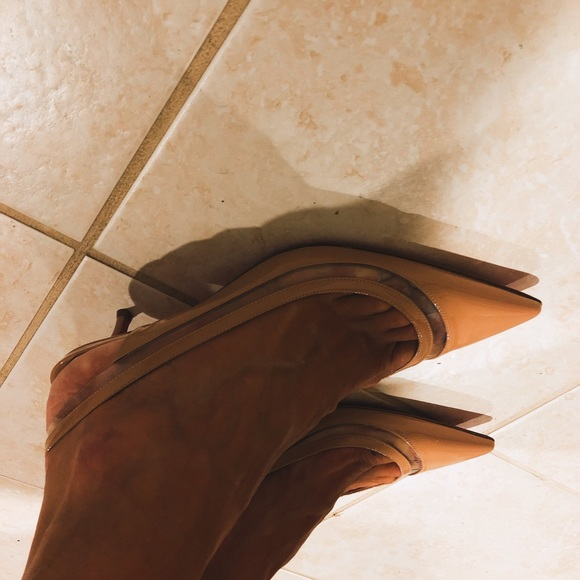 Christian Louboutin Shoes | Christian Louboutin Nude